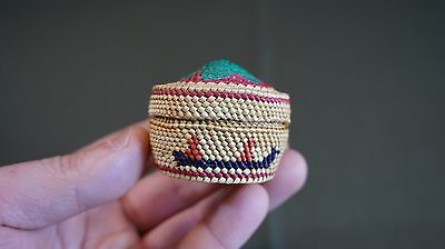 Very Tight Weaved Bright Color Pacific NW Makah Nootka Lidded Basket w Fishermen