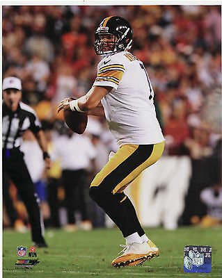 BEN ROETHLISBERGER - PITTSBURGH STEELERS QB - NFL LICENSED 8x10 ACTION PHOTO