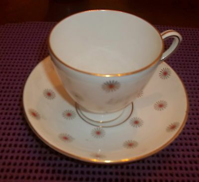 Bone china made in england tea cup & saucer