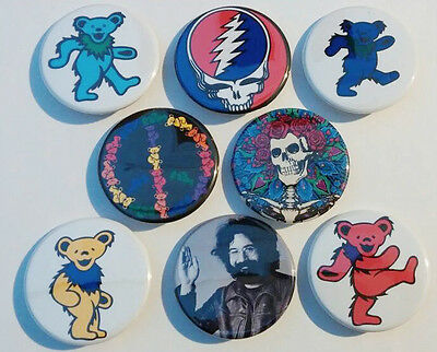 8 piece lot of Grateful Dead Bears pins buttons badges