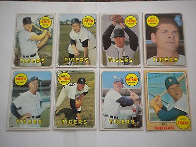 1968/1969 TOPPS DETROIT TIGERS - LOT OF 8 CARDS
