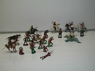 VINTAGE LOT OF TOY LEAD COWBOYS & INDIANS / JOHILL - LINCOLN LOG - BARCLAY - ???