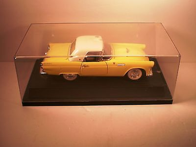 Road Tough 92068 Metal 1955 Ford Yellow Thunderbird Convertible 1:18 Scale Model