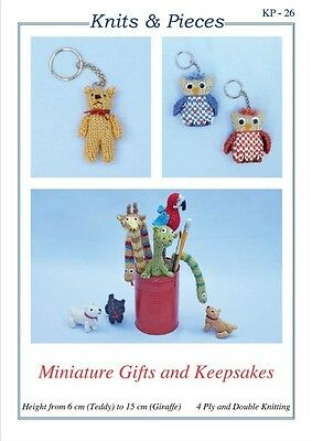 KNITS & PIECES MINIATURE GIFTS TOY KNITTING PATTERN OWL KEYRING TEDDY ETC