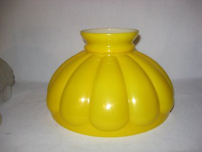 Yellow melon ribbed 10 inch kerosene oil lamp shade table student Aladdin parlor