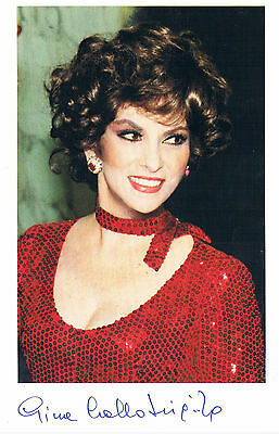 Gina Lollobrigida  Italian  Actress  Hand Signed Photograph 7 x 5