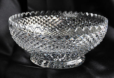 """Exquisite Antique /Vintage Strawberry Diamond Cut Glass Crystal 91/2""""Footed Bowl"""