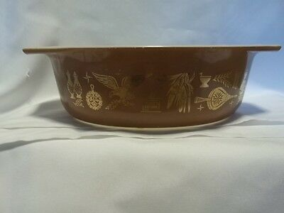 Vintage Pyrex Casserole 1 1/2 Quart Oval Early American