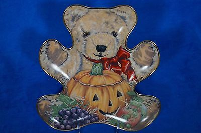 "FRANKLIN MINT TEDDY BEAR  ""BOUNTIFUL BEAR""  LE COLLECTOR PLATE BY SARAH BENGRY"