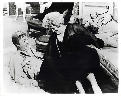 "STUNNING 10"" x 8"" B&W PHOTO (COA) SIGNED ""TTM"" BY SIR MICHAEL CAINE ""ALFIE"" POSE"