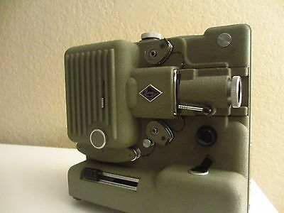 Vintage Eumig Wein Type 8,8mm Projector with case