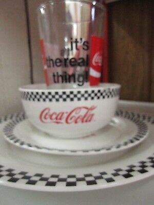 Coca-Cola Dinnerware Set (4 Pieces) - BRAND NEW