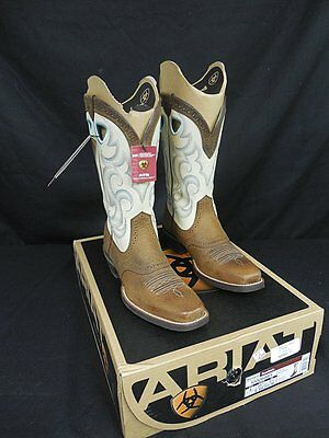Ariat Women's Rawhide Western Square Toe Boot, Earth/Cream!  New with Tags!