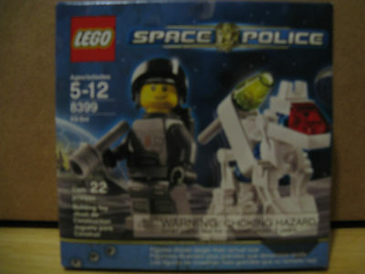 Lego Space Police 8399 K9 Bot New