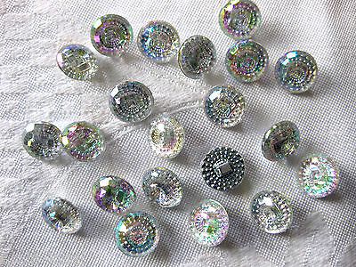 20 Buttons round 13mm, multicoloured shimmering,Plastic K63