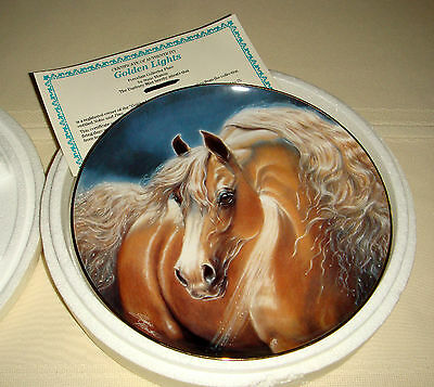 SUSIE MORTON Noble & Free  Muscular Tan Horse & Mane Beauty GOLDEN LIGHTS Plate