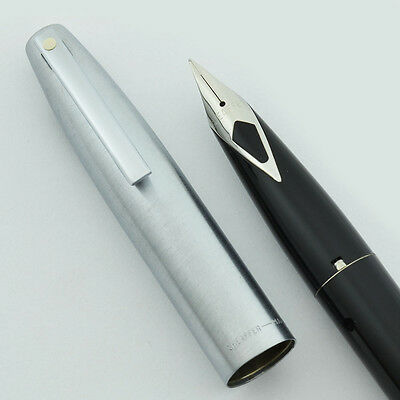 Sheaffer Quasi-Imperial 440 Fountain Pen - Black, Fine Nib (1970s New Old Stock)