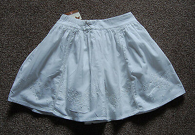 New John Lewis Girls White Embroidered Cotton Skirt 5yrs (1158)