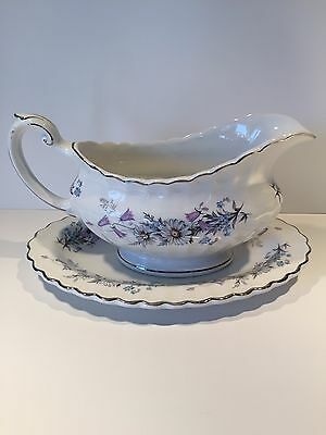 J & G Meakin MORNING DEW Daisies Blue Purple Floral Gravy Sauce Boat 8""