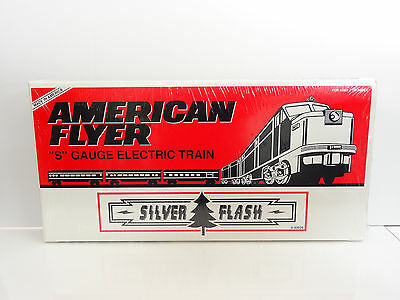 Lionel American Flyer S Gauge Silver Flash Diesel PA-1 Passenger Set 6-49606 NEW