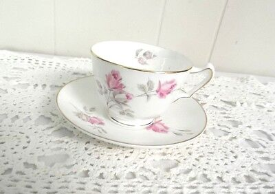 CROWN STAFFORDSHIRE TEA CUP AND SAUCER ENGLAND-Fine Bone China Roses