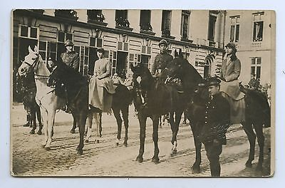 WW1 1918/19 RP PU POSTCARD BELGIAN ROYAL FAMILY REVIEWS ALLIED TROOPS q67