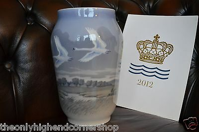 Royal Copenhagen Blue Vase 1955 1217 Flying Geese Mint Factory First Swans