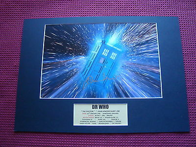 "John Hurt ""dr Who - The Doctor"" Personally Signed A3 Mounted Photo Display - Coa"
