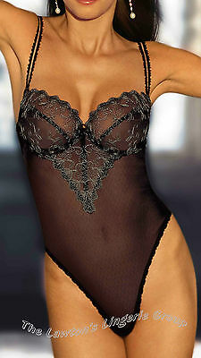 BNWT Triumph Oriental Moods  Lace String in Black and Wild Rose