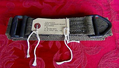 AIR FORCE - Parachute Release Strap - Vintage Collectors Item - W. A. Apple MFG