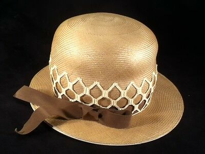 Vintage Womens Tan Hat w/ Brown Ribbon Band -- Very Stylish! -- Exc Cond!