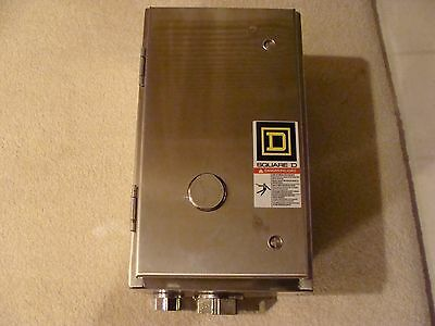 NEW SQUARE D NEMA 4X Lighting Contactor 4 Pole 8903LXW40V02 Stainless Steel