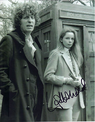 "GREAT NEW 10"" x 8"" B&W PHOTO (COA) SIGNED ""TTM"" BY LALLA WARD ""DOCTOR WHO"" FAME"