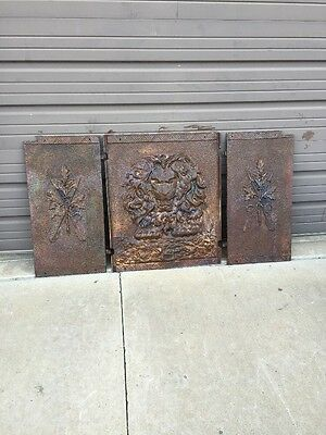 Fb 113 Antique Lion Face Fire Back And Sides Cast-Iron