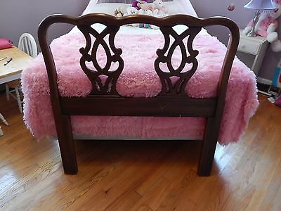 Henredon's 18th Century Portfolio wood  twin headboard bed antique