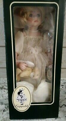Nib Amber Angel Porcelain Doll By Geppeddo