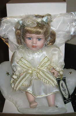 Nib Hope Angel Porcelain Doll By Geppeddo