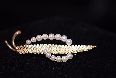 Leaf w/ Swirl of Pearls 14K Yellow Gold Vintage Brooch