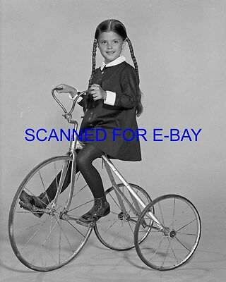 THE ADDAMS FAMILY TV 1960'S 8X10 PHOTO LISA LORING WEDNESDAY NEW