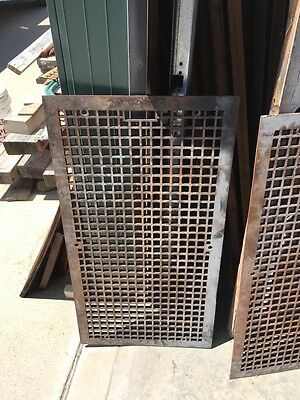 G 43 Cast Iron Floor Grate 2 Avail
