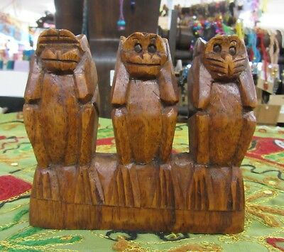 Hand Carved 3 Wise Monkey Statue Hardwood Ornament 10 x 10 cm Home Decor