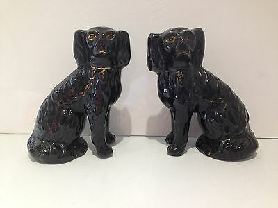 Antique Pair Of Freestanding Black Jackfield Mantle Spaniel Staffordshire Dogs