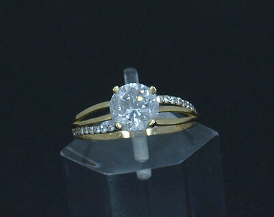 Real 10K Yellow Gold Ladies Wedding/Promise/Bridal/Engagement Solitaire Ring