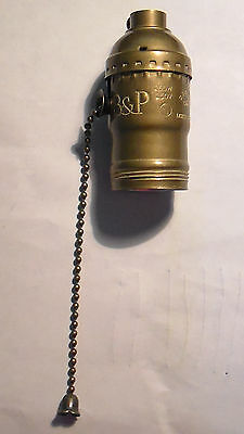 Antique Finish Solid Brass Pull Chain Lamp Socket with Porcelain Interior SO081A