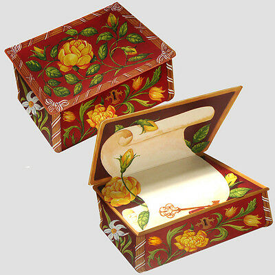 36 Floral Trompe-l'oeil Greeting Cards in the Shape of a Box EC0056