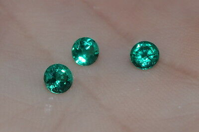 A Single 3.5mm Round Genuine Green Emerald !!!
