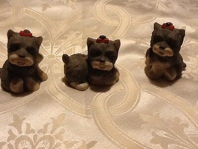 Home Interior porcelain set of 3 dogs w red bow 1475 (Reduce