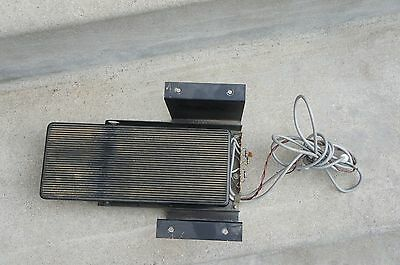 1968 HAMMOND L-100 Foot Pedal Swell Volume w/ Cables Connector