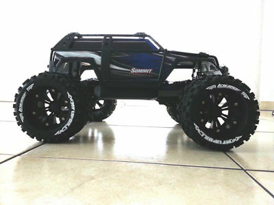 Traxxas Summit Louise Reifen+Felgen 1:8 MonsterTruck-Uphill 17mm  Räder