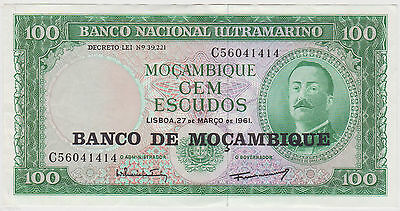 (WQ-13) 1961 Mozambique 100 ESCUADOS Bank note UNC (B)
